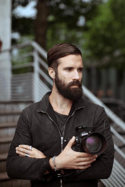 Fotógrafo de barba
