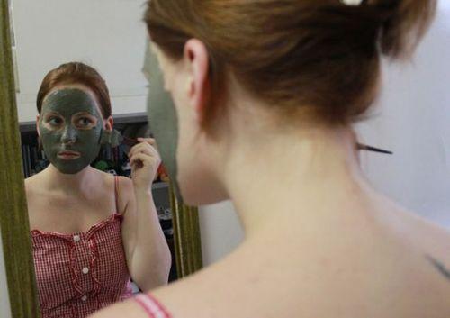 argila máscara rosto