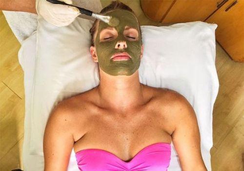 argila rosto aplicar