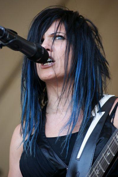 cabelo preto e azul mechas