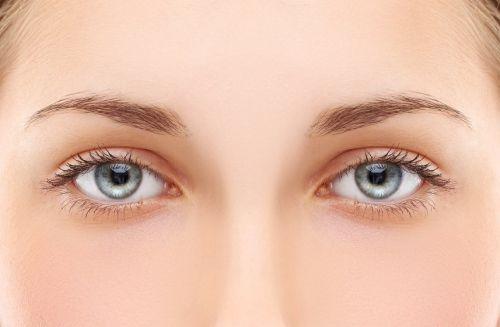 cirurgia para mudar a cor dos olhos castanhos