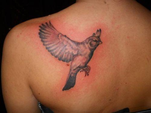 tatuagem vermelha