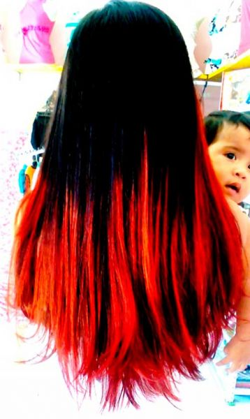 vermelho no cabelo preto