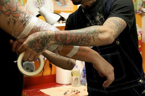 cuidados pós tatuagem como fazer