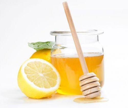 esfoliante caseiro para o rosto mel e limao
