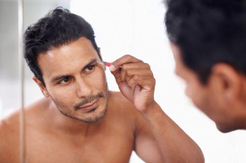 sobrancelha masculina cuidados