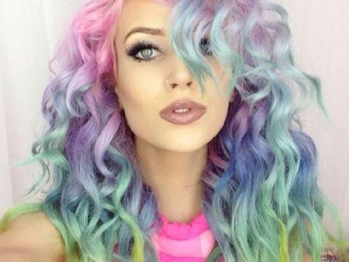 cabelo arco iris pastel