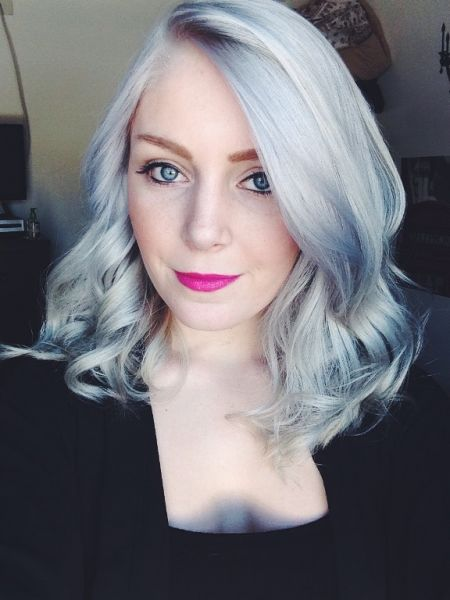 cabelo cinza azul feminino