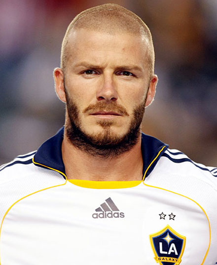 careca com barba estilo