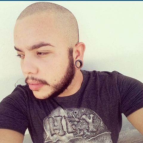 careca moderno barba