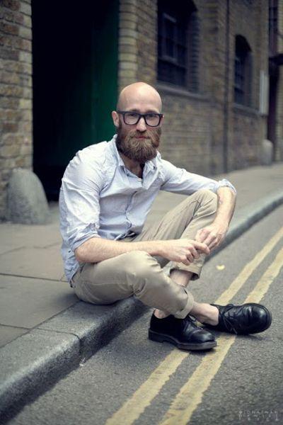 estilo nerd careca com barba