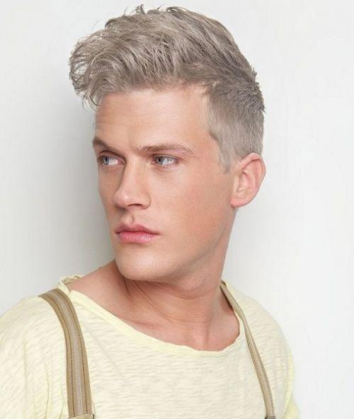 homem cabelo cinza