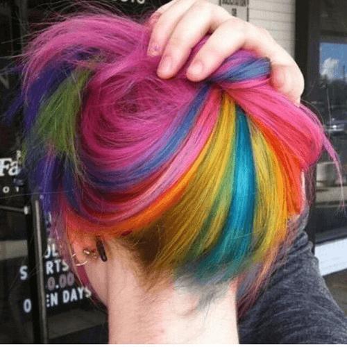 rainbow hair na nuca escondido