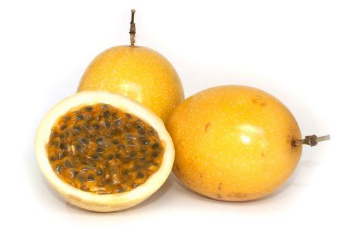 frutas ricas em proteínas maracujá