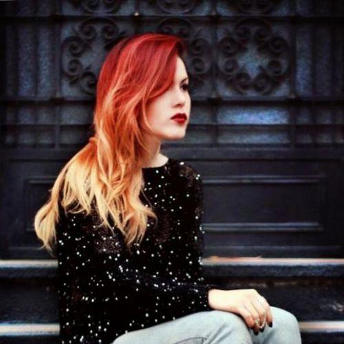 cabelo vermelho com pontas claras