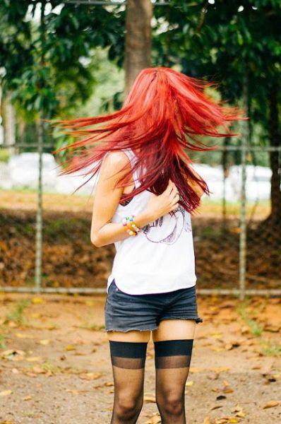 vermelho intenso